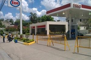 Resultado de imagen para Estación de venta combustibles ubicada en Pedro Brand