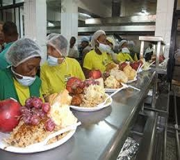 La comida es gratis mañana en los Comedores Económicos del Estado ...
