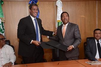 Comedores Económicos y Lotería Nacional firman para operar juntos un ...